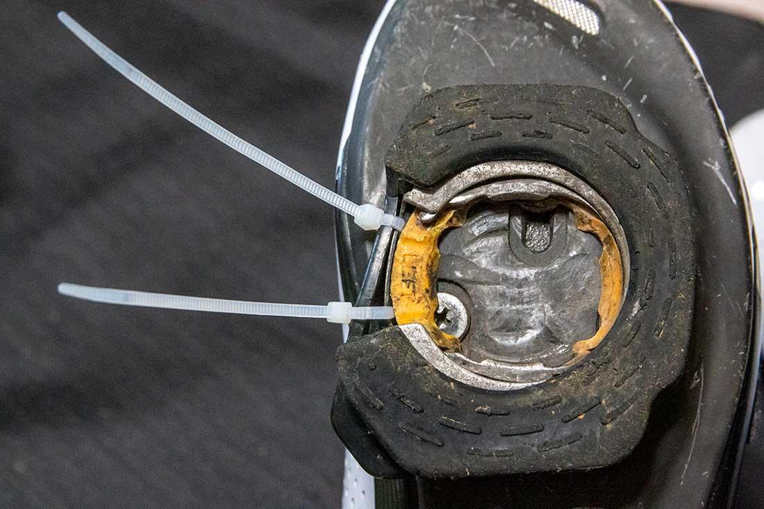 ロードバイク用シューズの裏側