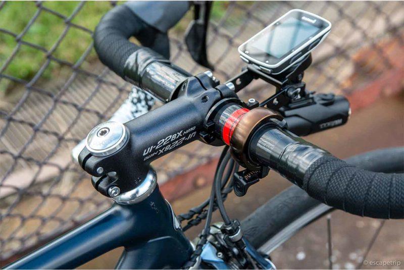 日東のステムを装着したロードバイク