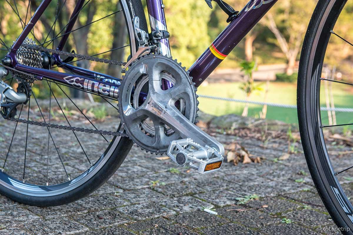 cinelliのロードバイクとMKSのフラットペダル