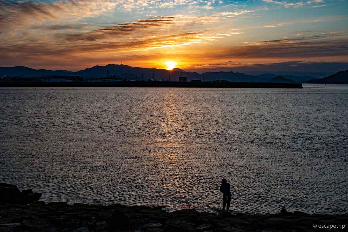 広島港の日の出