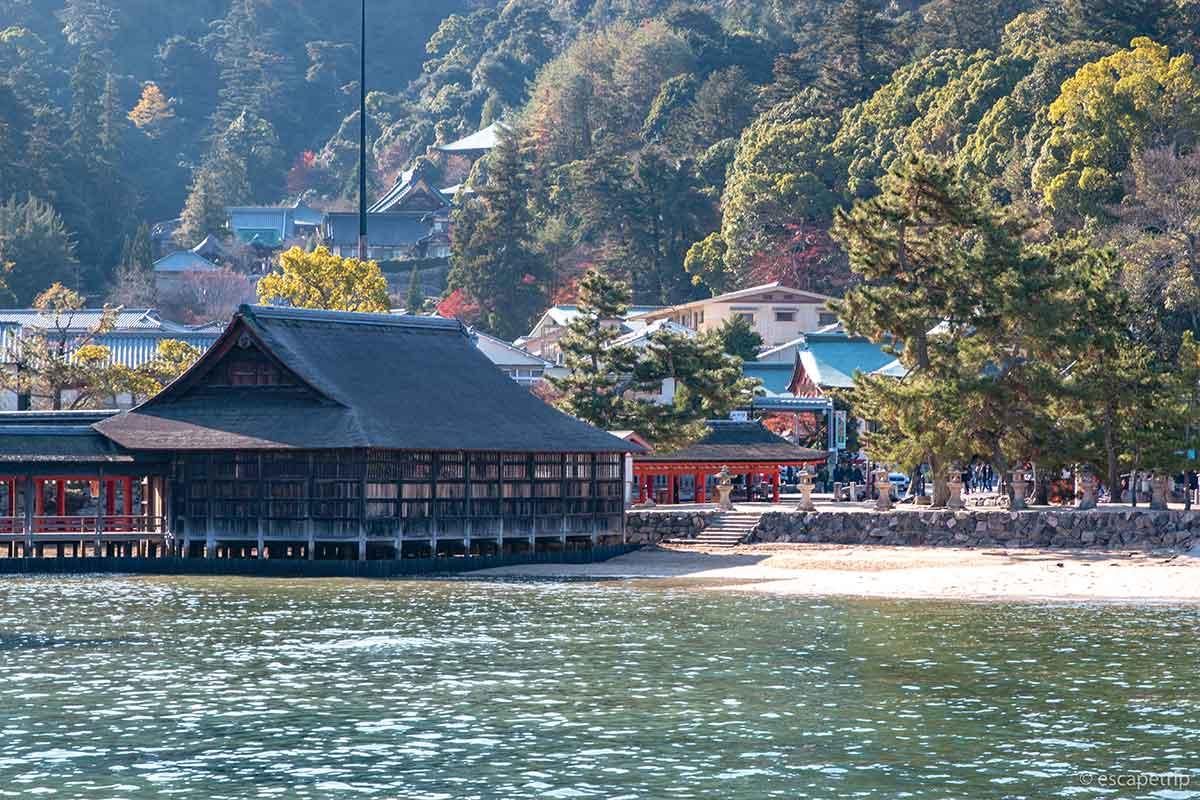 海と厳島神社