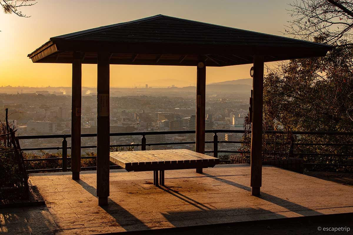 夕暮れの大吉山展望台