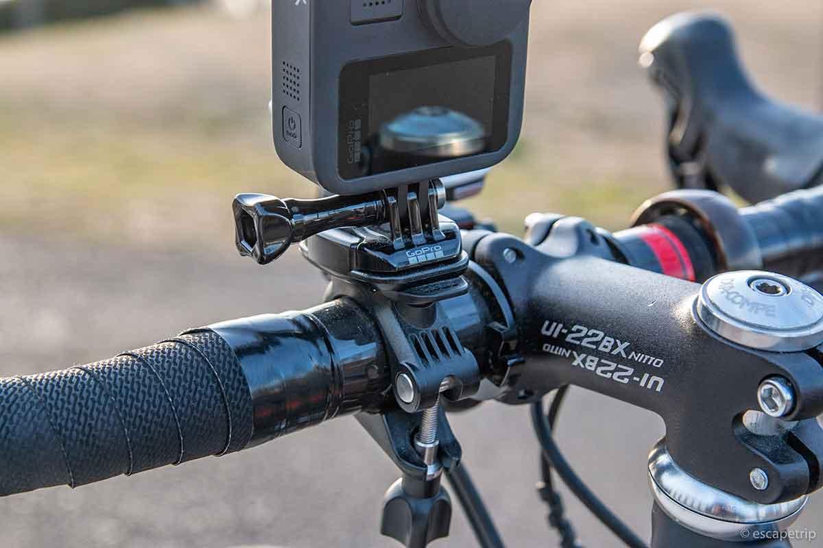 GoProをハンドルにマウント