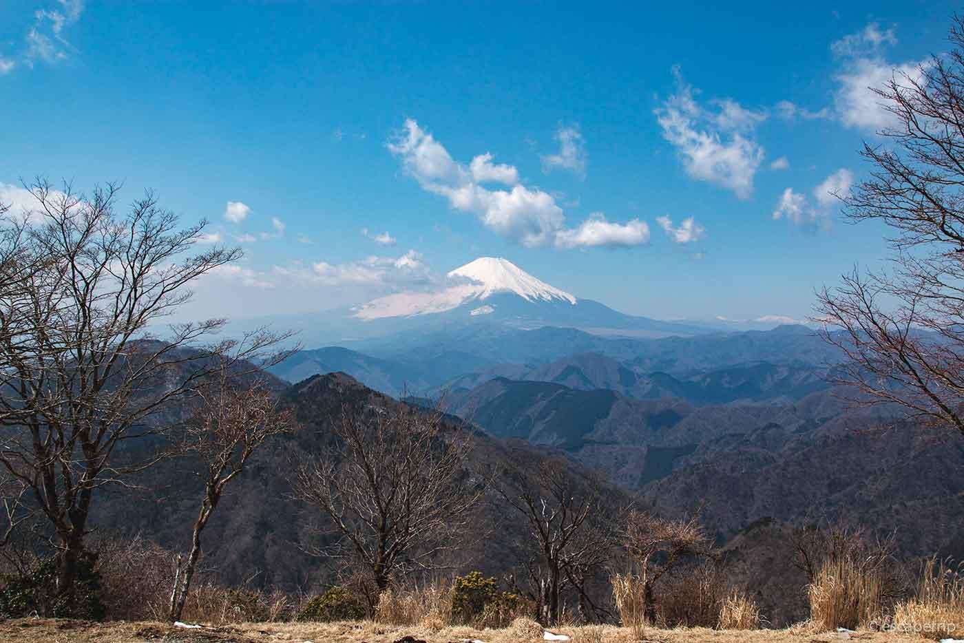 鍋割山から見える富士山