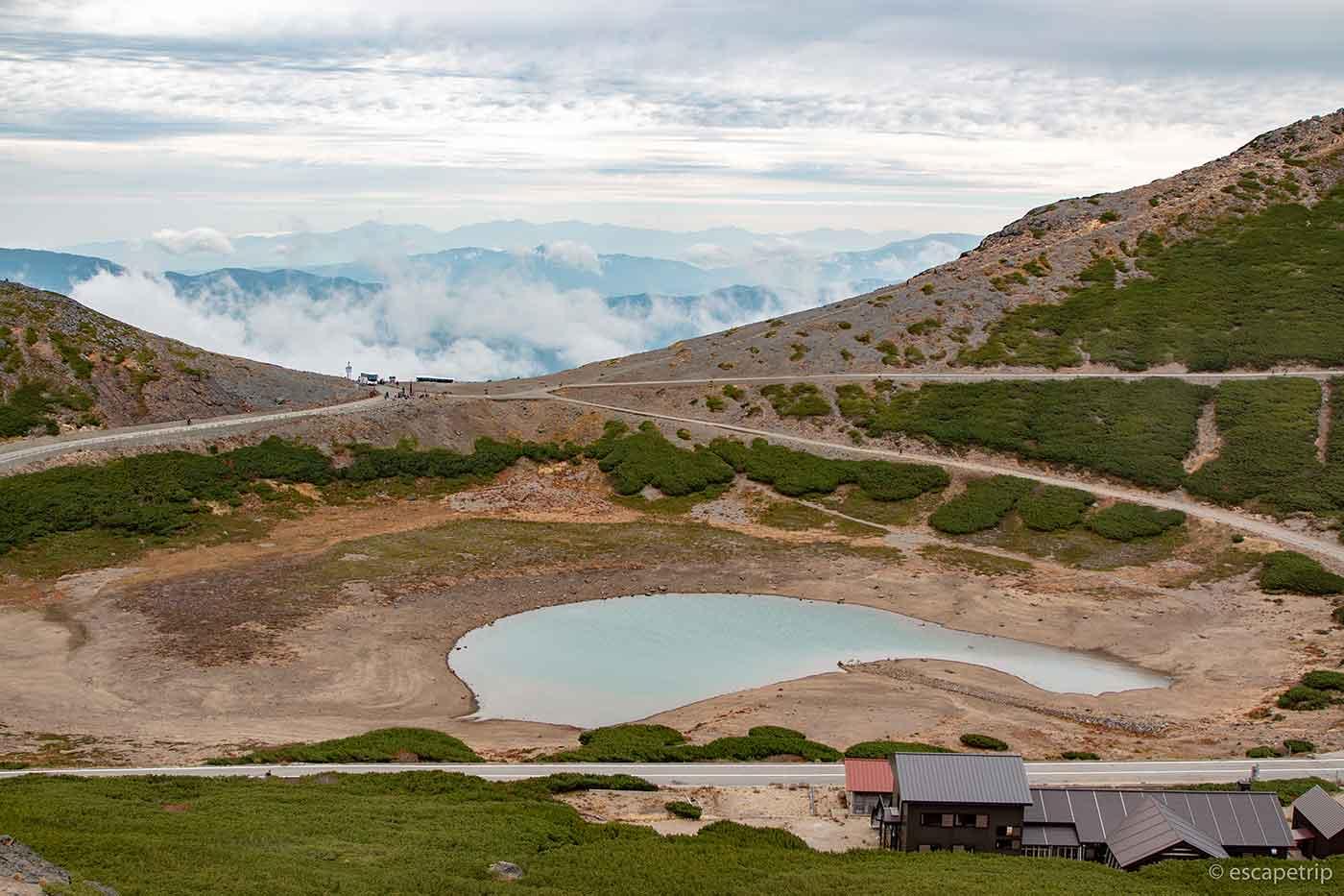魔王岳から見る鶴ヶ池