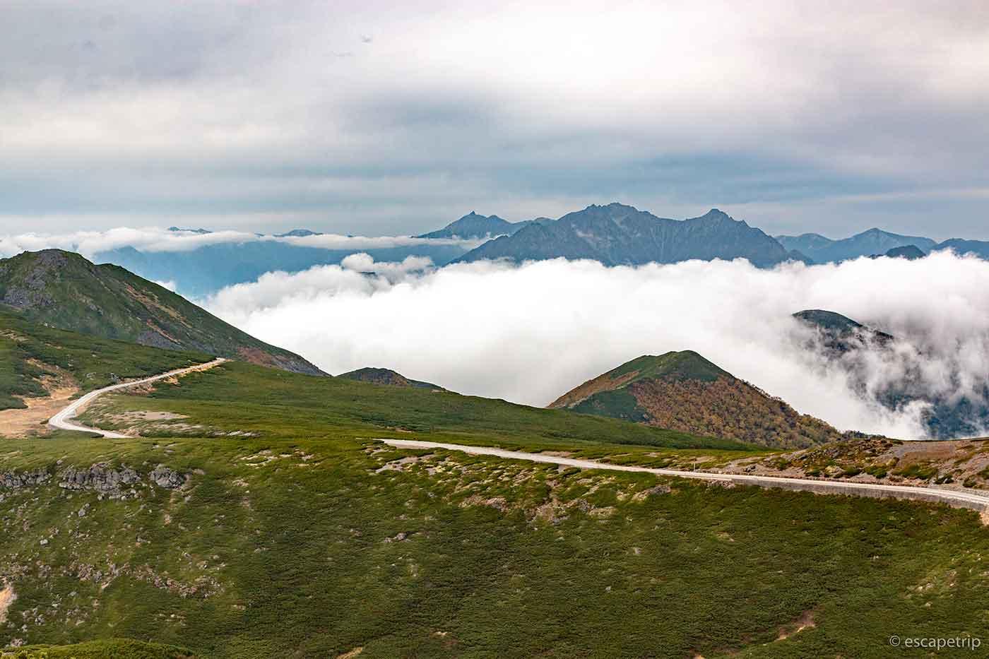 魔王岳から見る乗鞍スカイライン