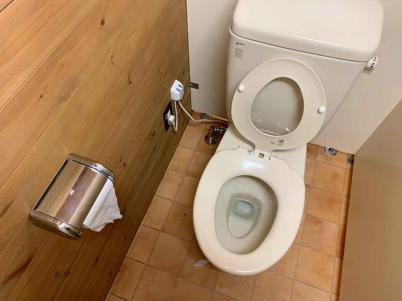 富士山YMCAの個室トイレ