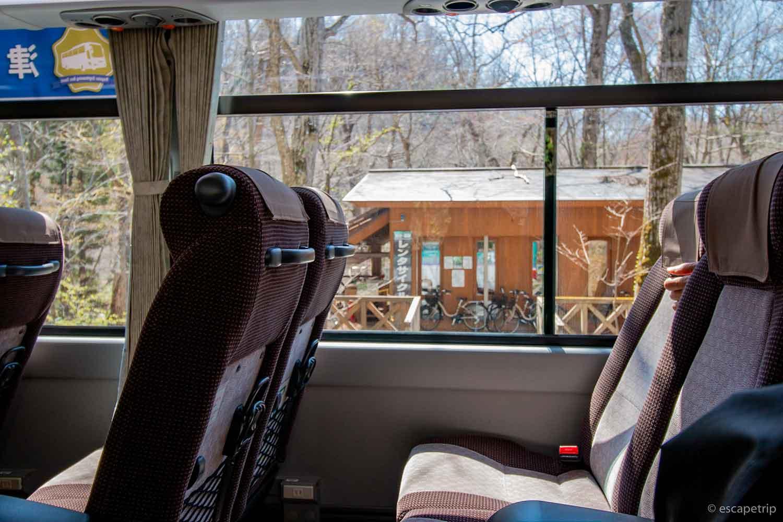 バスの車窓